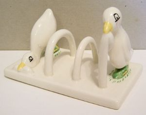 Carlton Ware Lustre Pottery 'Early Bird' Toastrack